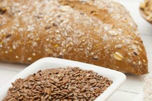 Pan de lino marrón